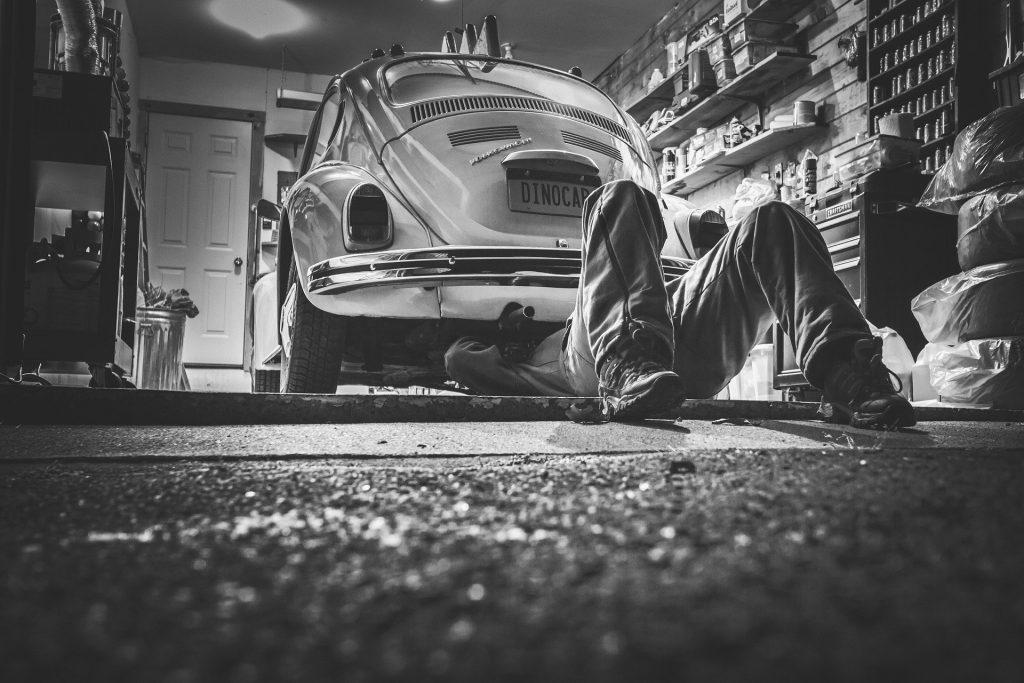 sprawdzania samochodu przed kupnem